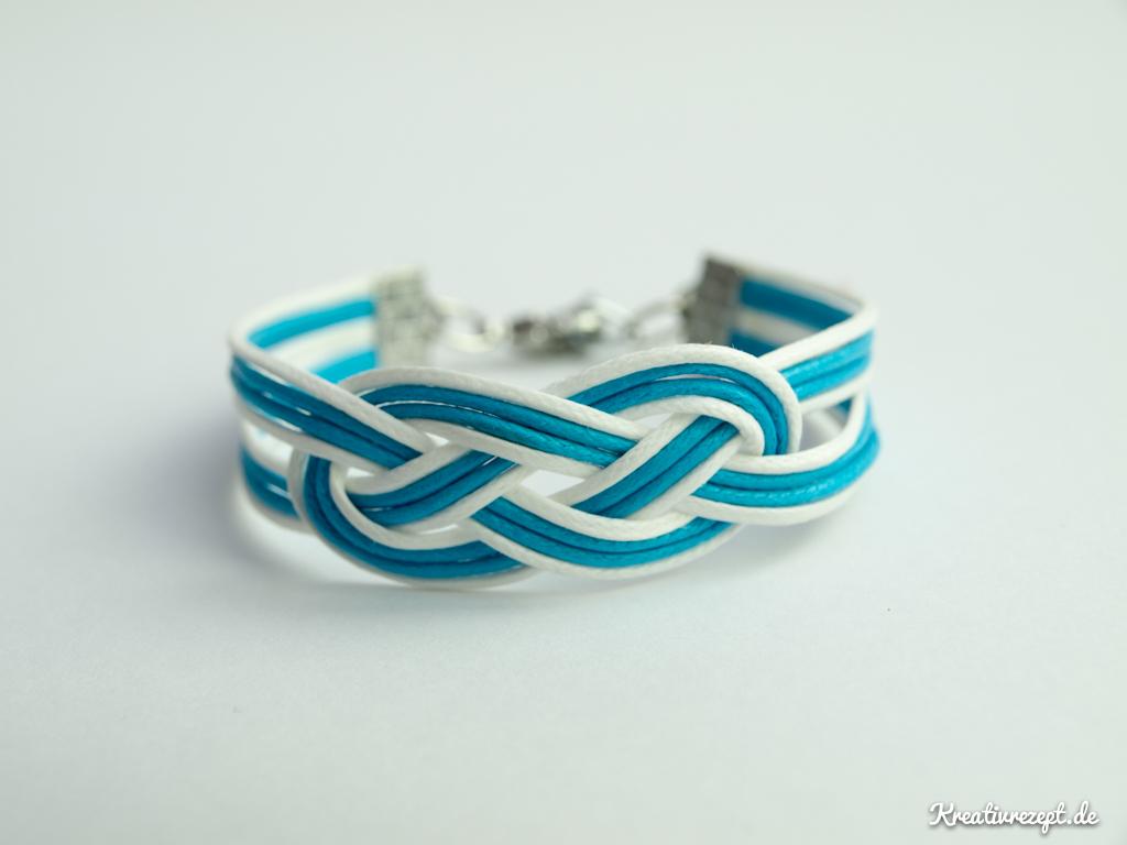 einfaches Seemannsknoten-Armband zweifarbig
