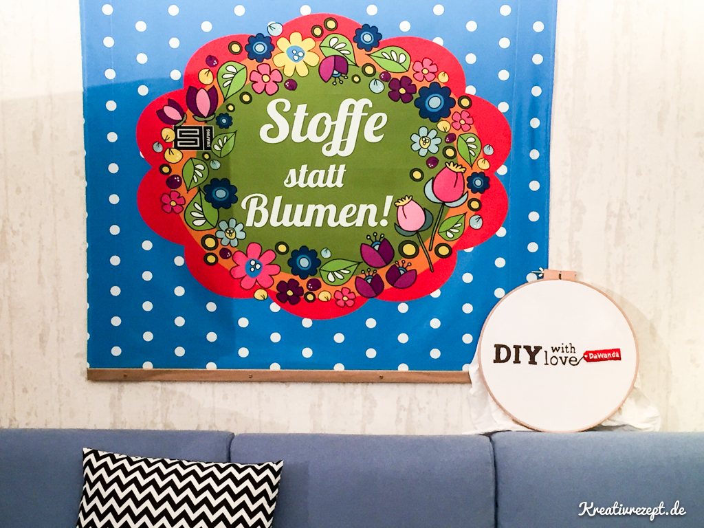 "Wanddekoration in der DaWanda Snuggery ""Stoffe statt Blumen!"""